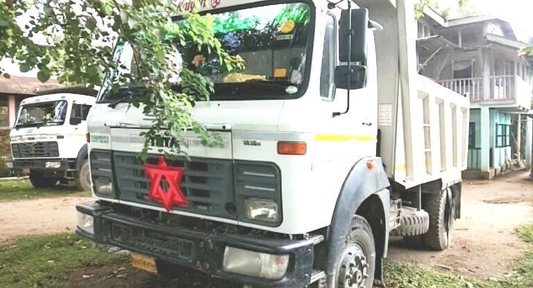 Tangla Police seized 2 stone-laden trucks