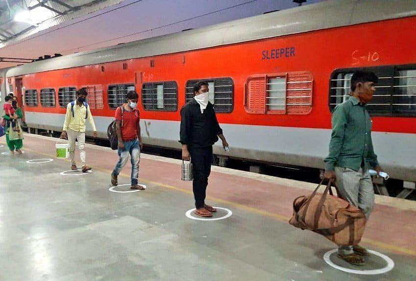 10 Lakh Passengers Ferried on 800 Shramik Special Trains So Far: Railways