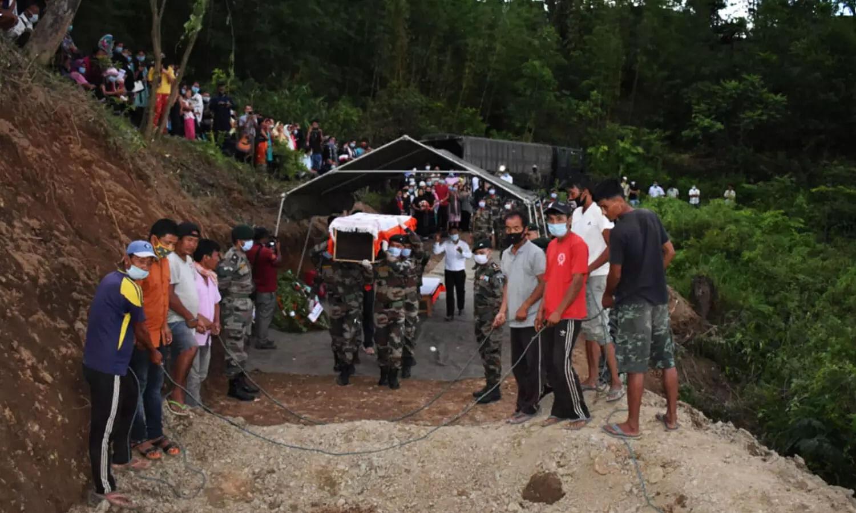 Manipur sepoy martyred in J&K laid to rest in native village