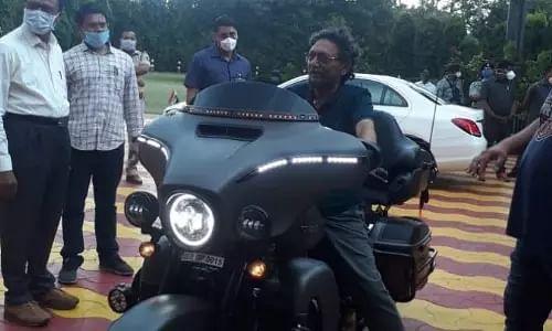 CJI Sharad Bobde, Sharad Bobde pictures, viral on social media, Sharad Bobde Harley Davidson, Chief Justice of India, Limited edition CVO 2020