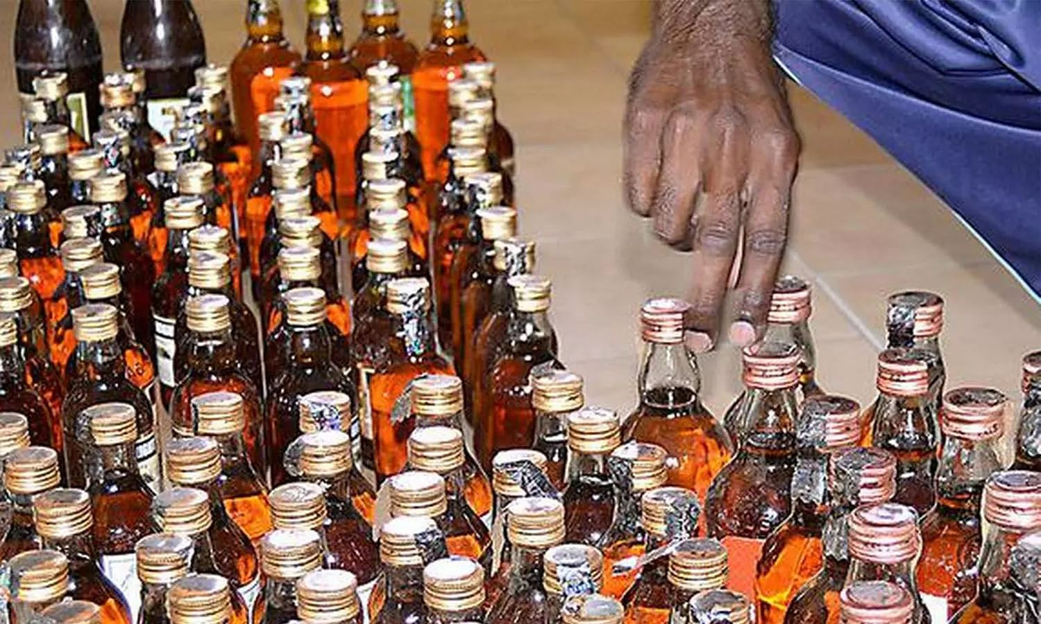 Odisha Govt allows home delivery of country liquor & out still liquor