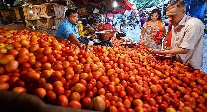 Tomato prices in Delhi