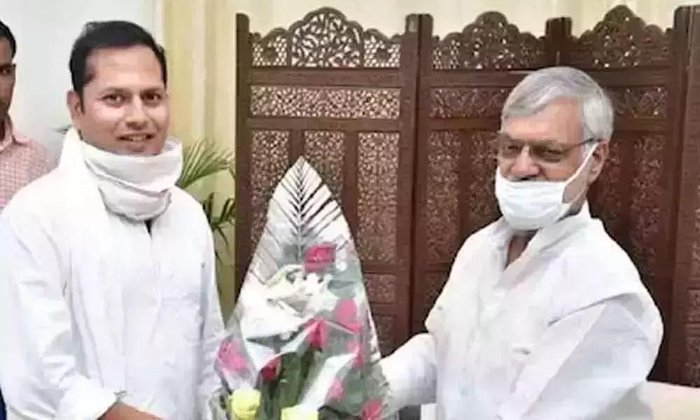 Video of Rajasthan Speaker & CM Ashok Gehlots son Vaibhav goes viral