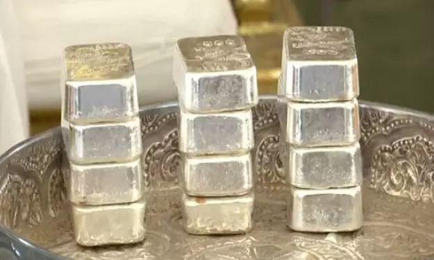 Ahmedabad Jains contribute 24 kg of silver bricks for Ram Mandir