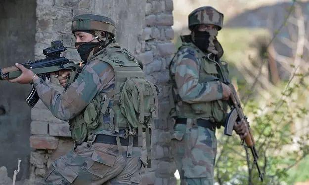 2 CRPF troopers, policeman killed in terrorist attack in J&Ks Baramulla