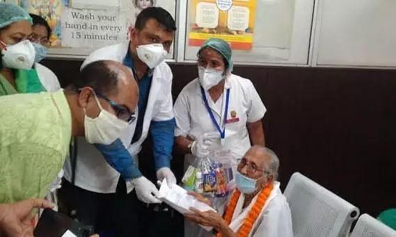 Himanta Biswa Sarma greets Steely 100-year old  Covid survivor, praises MMCH doctors