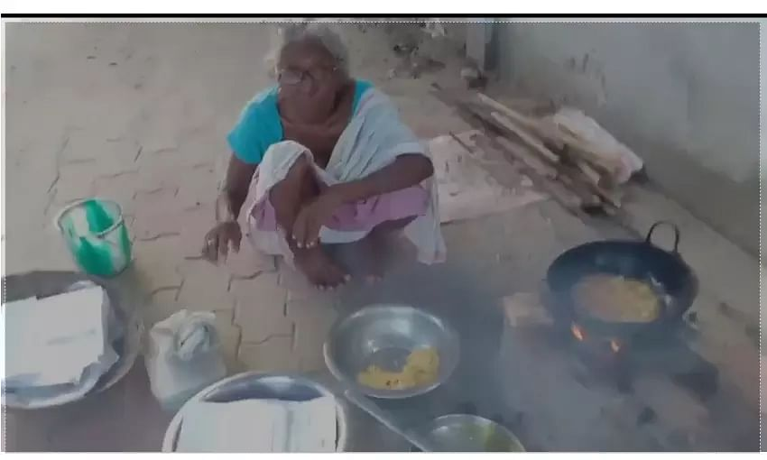 Dhubri's 85-year-old lady selling pakodas to make ends meet