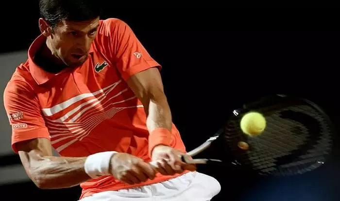 Novak stays on top
