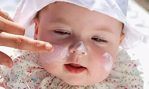 How to treat your babys delicate skin. Simple tips to avoid rashes