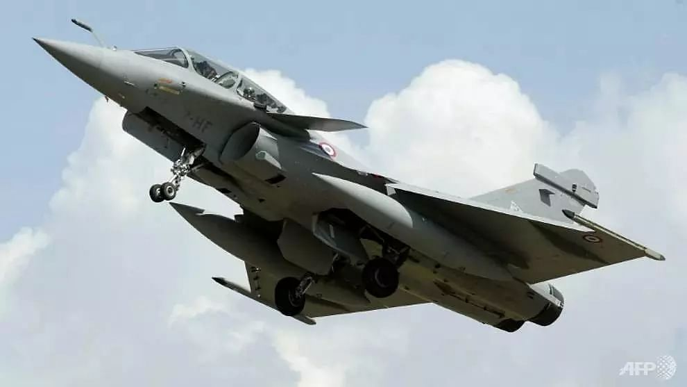 Paris rattled by sonic boom from military jet