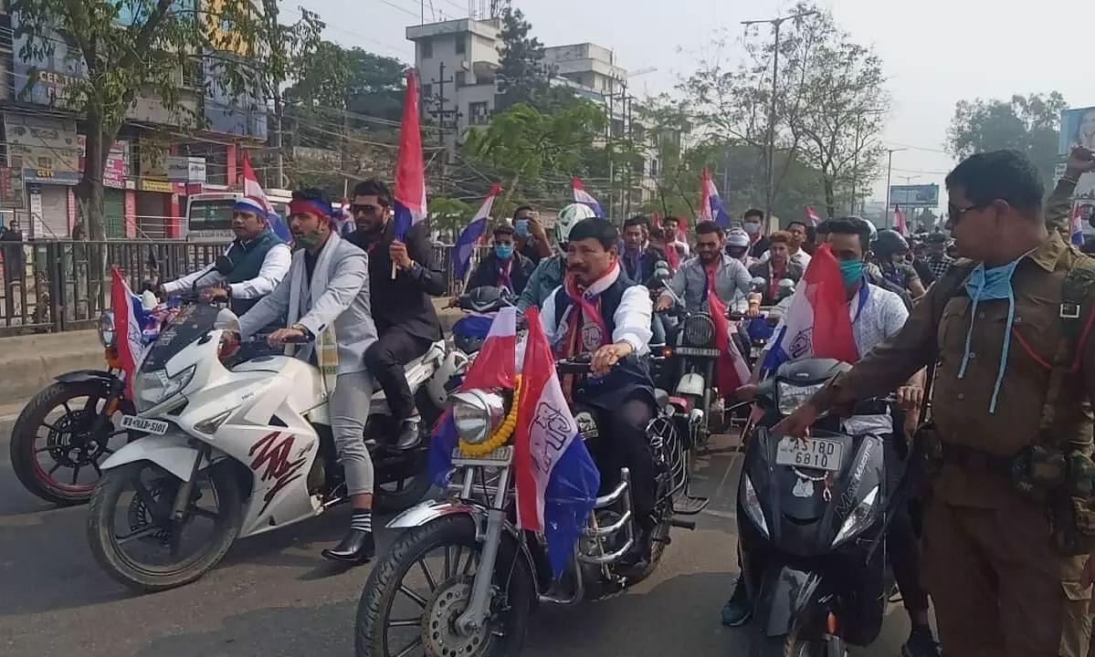 Assam Chatra Parishad's bike rally in Guwahati to mark its 1st Foundation Day