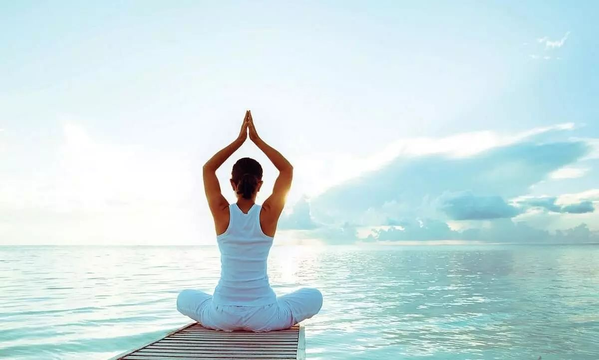 Check out the benefits of Yoga to reduce anxiety during the pandemic