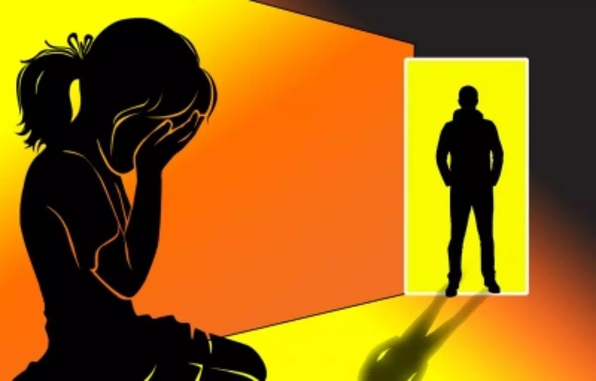 Minor girl raped at gunpoint by three men in Ghaziabad