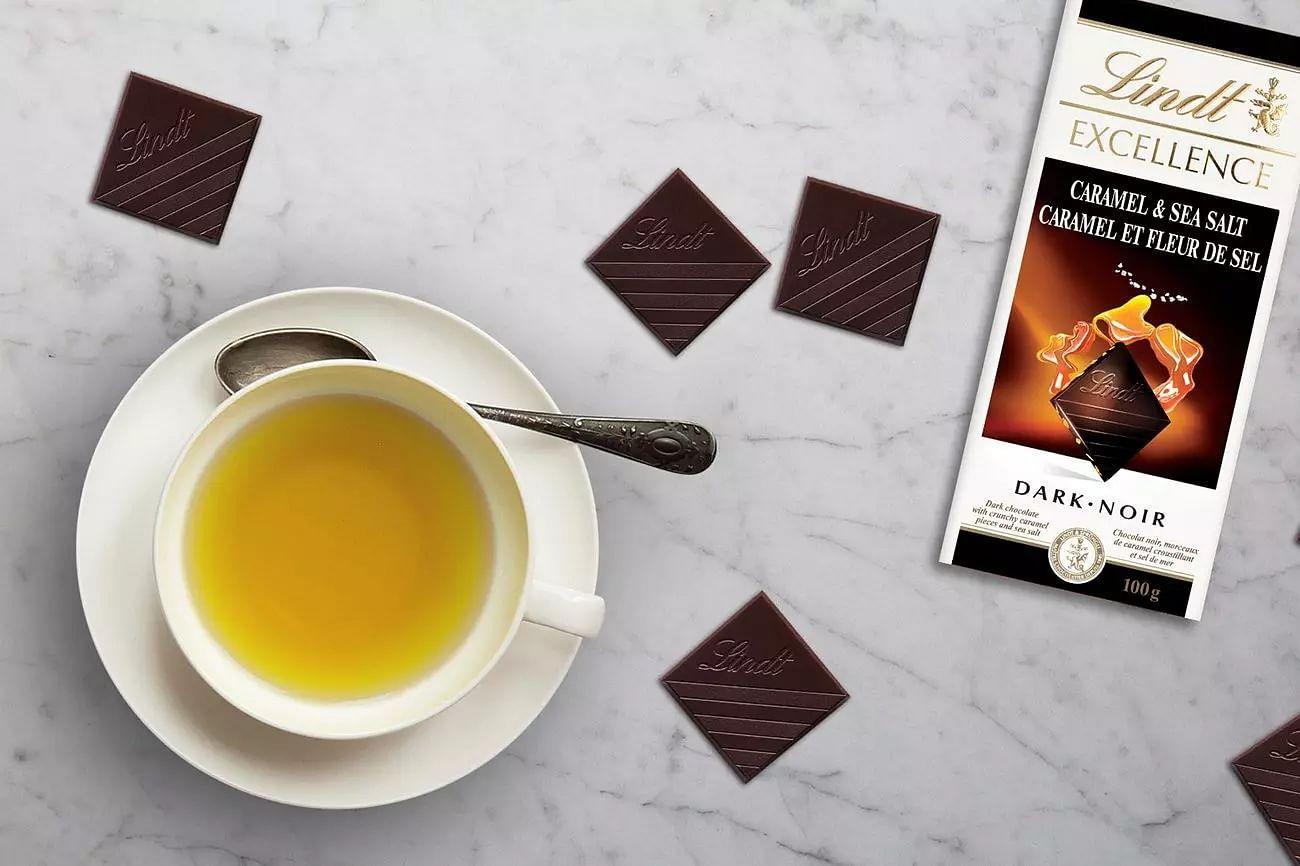 Dark Chocolate & Green Tea can block coronavirus enzyme: Researchers