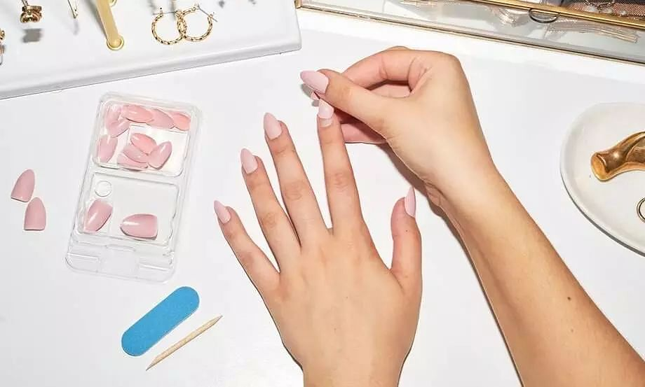 Some beautiful and must buy press-on nails to love for