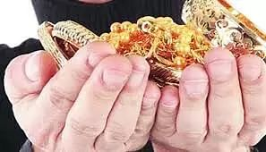 Indian gold loan companies reports rise in robbery cases during Pandemic