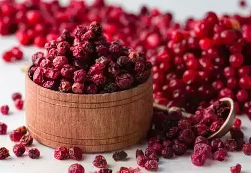 Cranberries: benefits, nutrition, and diet