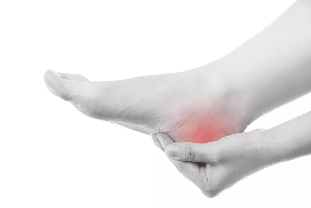Plantar fasciitis: Causes, Symptoms, and treatments