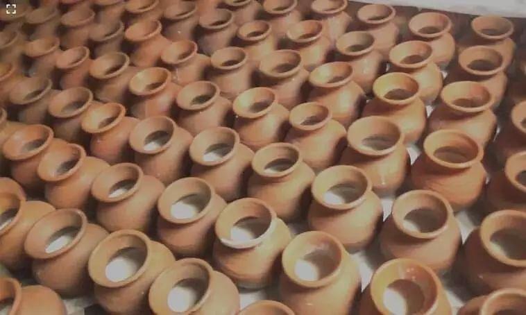 Magh Bihu: Kanyaka Bohumukhi Paam Sells Fresh Bihu Delicacies in Assam