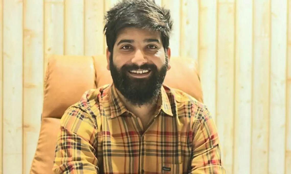 Kashmir Entrepreneur Sets Up Valleys 1st Online Grocery Store