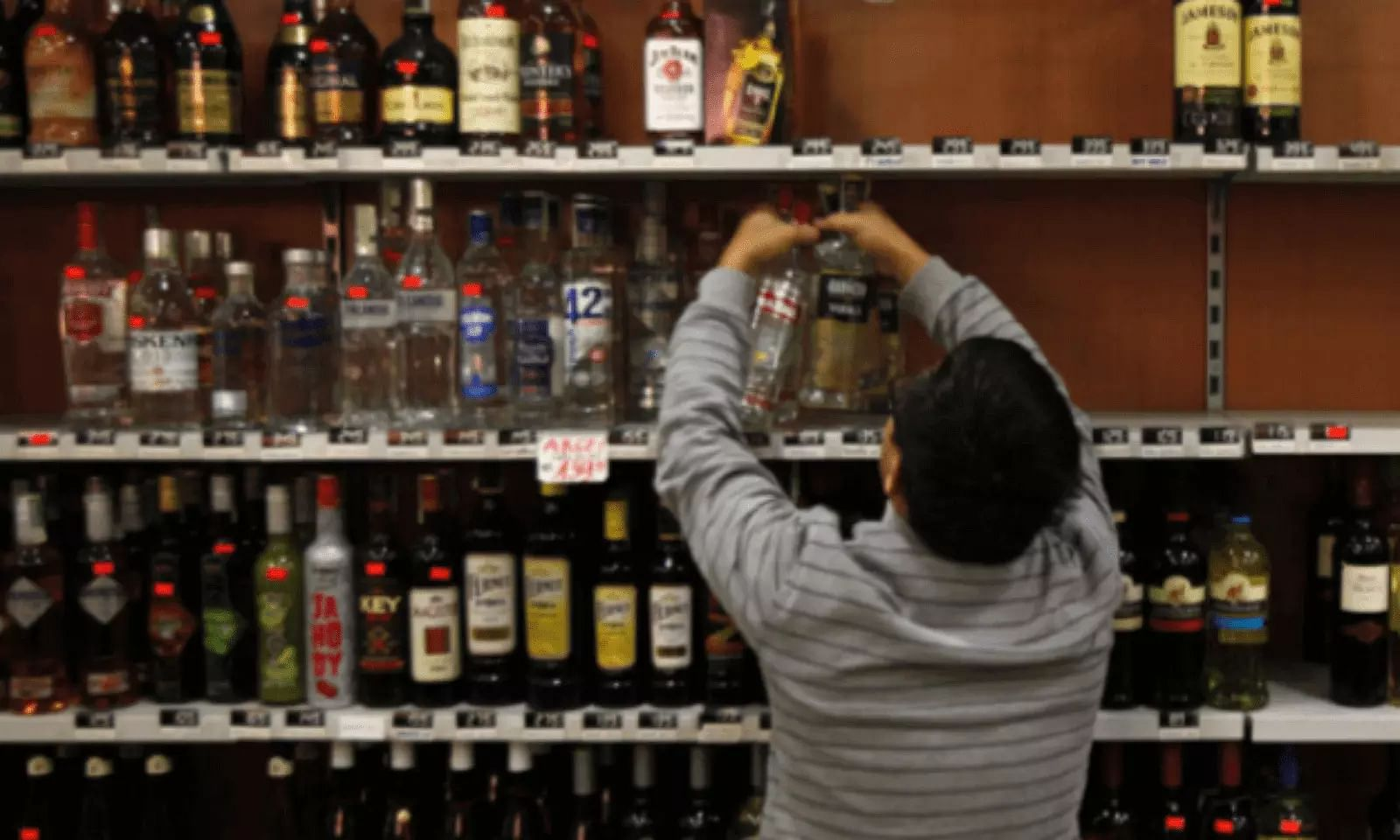 Assam liquor shops to now remain open from  10 am to 8 pm