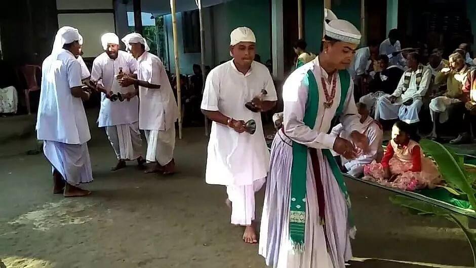 Ojapali artistes get a helping hand from Mangaldai legislator Guru Jyoti Das