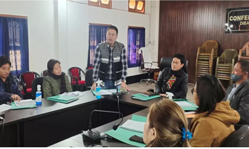 PRI leaders meet