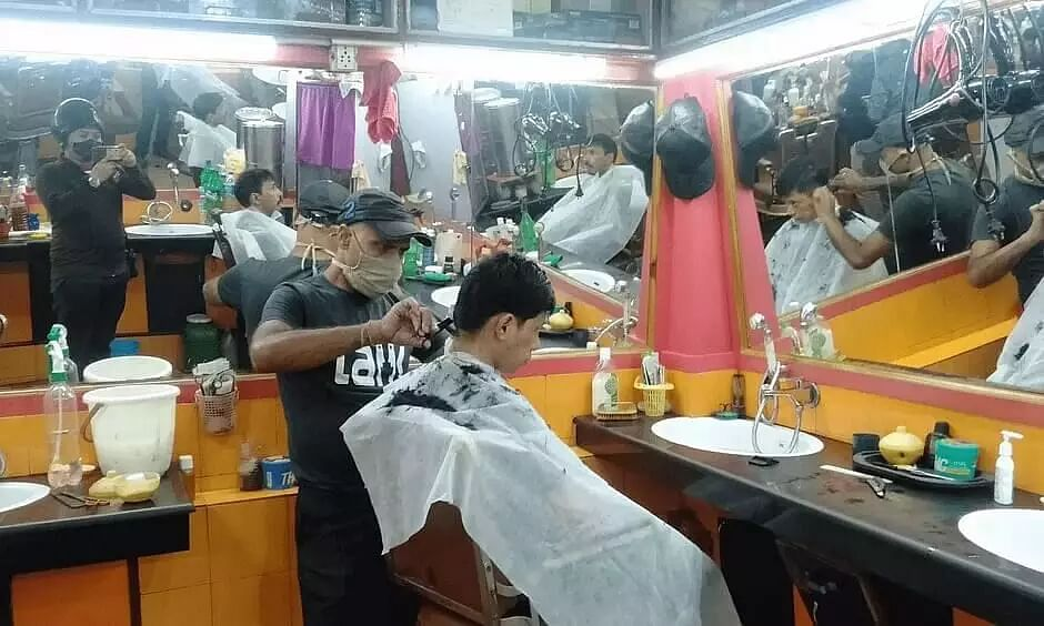 Many Shillong barbers flouting guidelines to tackle coronavirus