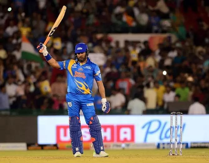 Sachin Tendulkar, Yuvraj power India to victory