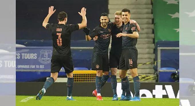 Manchester City keep quadruple hopes up, reach FA Cup semis