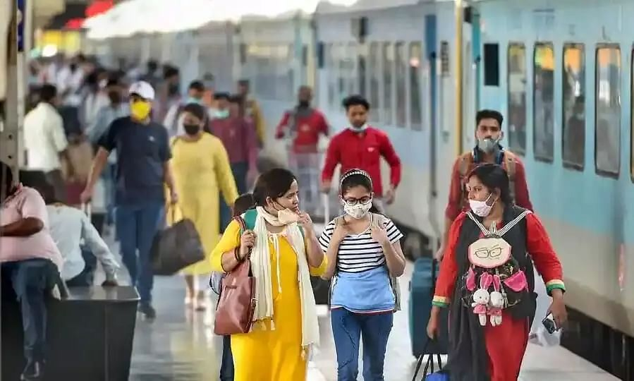 Indian Railways Issues Latest COVID-19 Guidelines