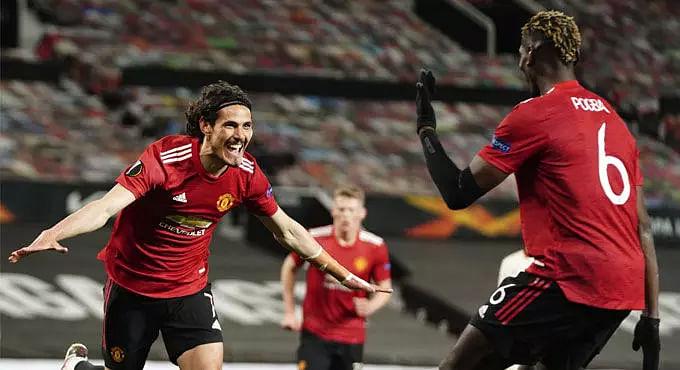 Bruno Fernandes, Cavani score braces as United thrash Roma Europa League