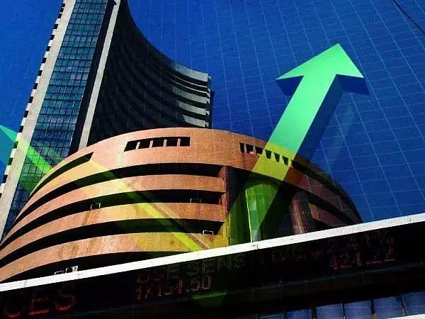 Sensex leaps 424 points
