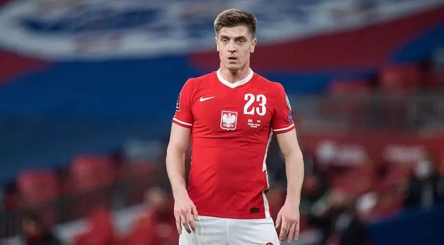 Poland striker Piatek ruled out of UEFA Euro 2020