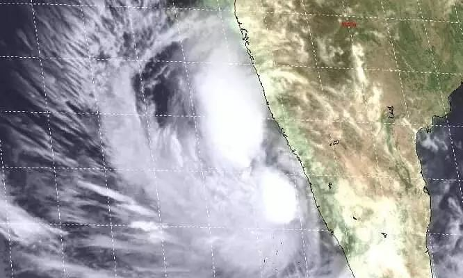 Cyclone Tauktae Live Updates: IMD Warns of Heavy Rainfall in Mumbai