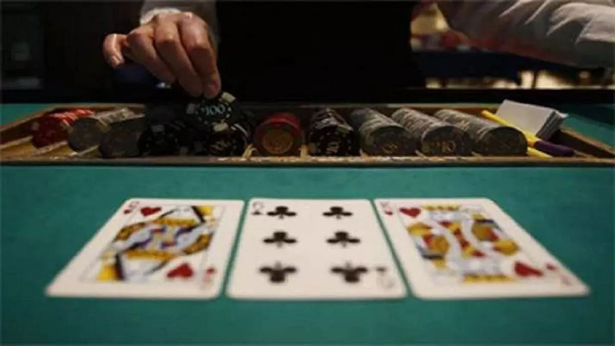 Illegal casino busted in Gurugram, five arrested