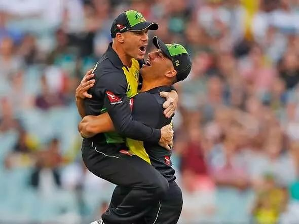 David Warner, Stoinis pull out of The Hundred