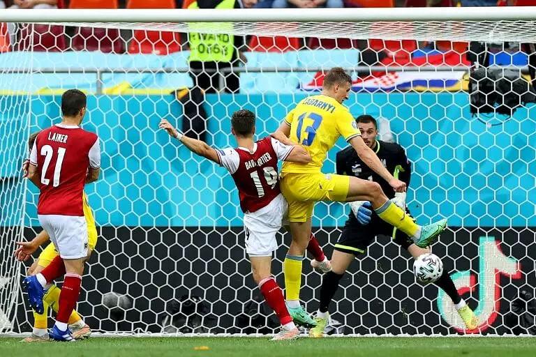 Christoph Baumgartner goal helps Austria beat Ukraine, enter knockouts