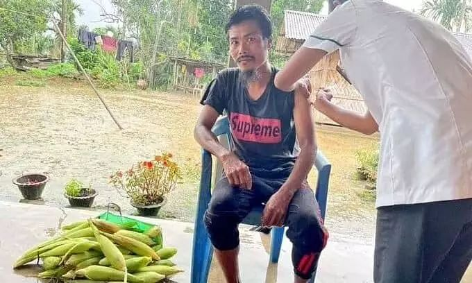 Meghalaya Farmer Gifted Bundle of Maize to the COVID-19 Workers