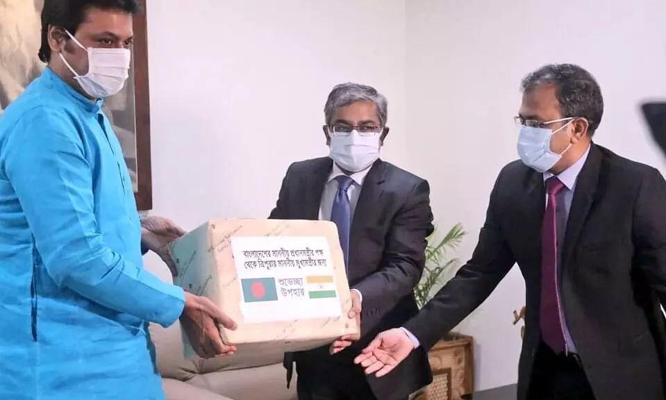 Bangladesh PM Sheikh Hasina sends 300 kg Haribhanga Mangoes to Tripura CM Biplab Kumar Deb