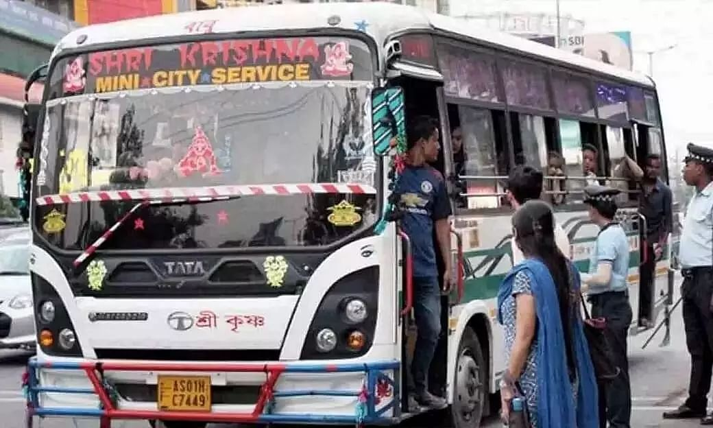 Guwahati: Financially Constrained City Buses Flout COVID-19 Protocol by Running with Passengers Full