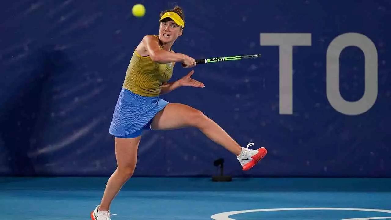 Elina Svitolina clinches womens singles tennis bronze