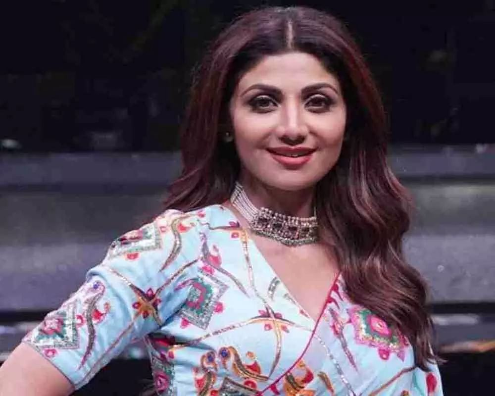 Shilpa shares cryptic posts on making mistakes