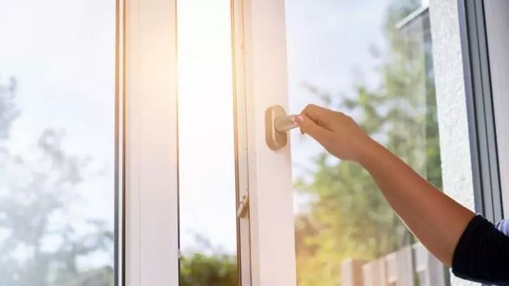 Indoor vs Outdoor air
