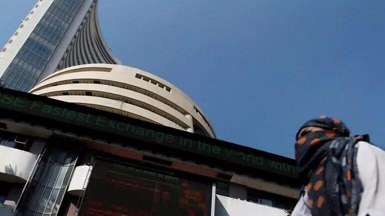 Sensex ends flat amid volatile trade