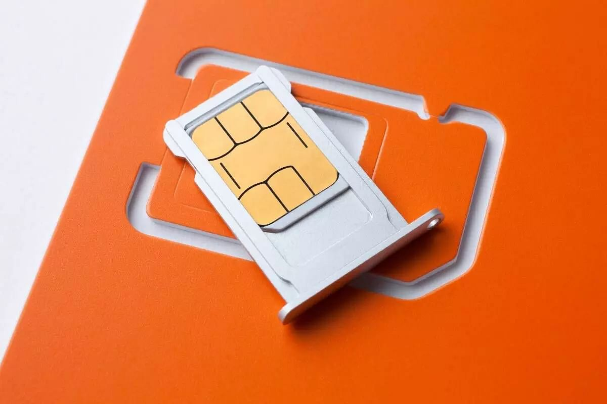 SIM Cards Should Not be Issued to Minors: DoT